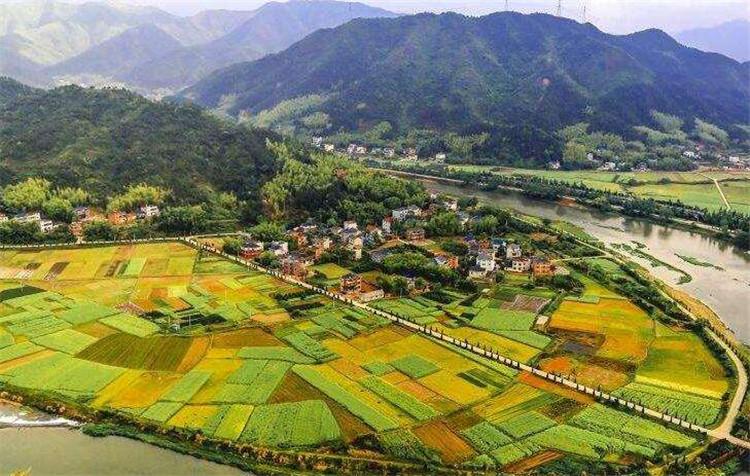 发展乡村旅游需要满足的5个条件3.jpg