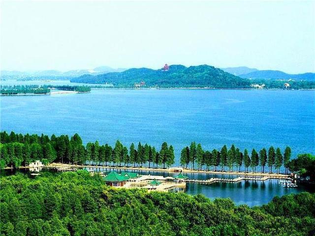 7、武汉东湖风景区.jpg