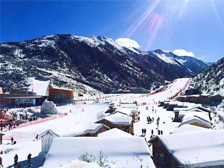 滑雪场戏雪乐园冰雪嘉年华实名制分时预约系统需要多少钱3.jpg
