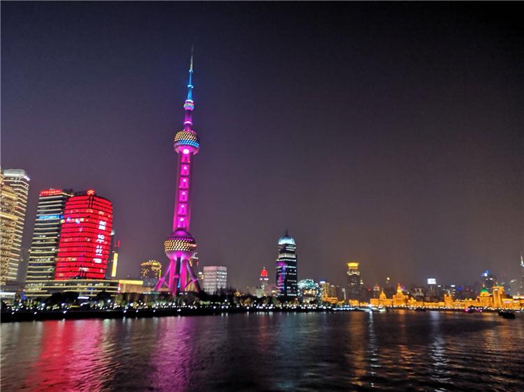 上海东方明珠广播电视塔智能导览系统上线了!包括:游览路线推荐、语音讲解、手绘地图3.jpg